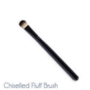 Chiselled Fluff Brush